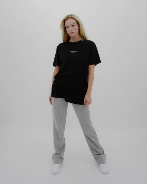 Produktabbildung: in europe Oversized T-Shirt Schwarz